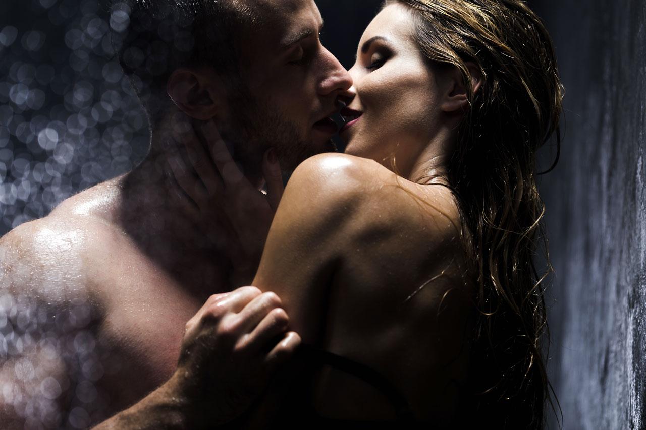 couple sous la douche