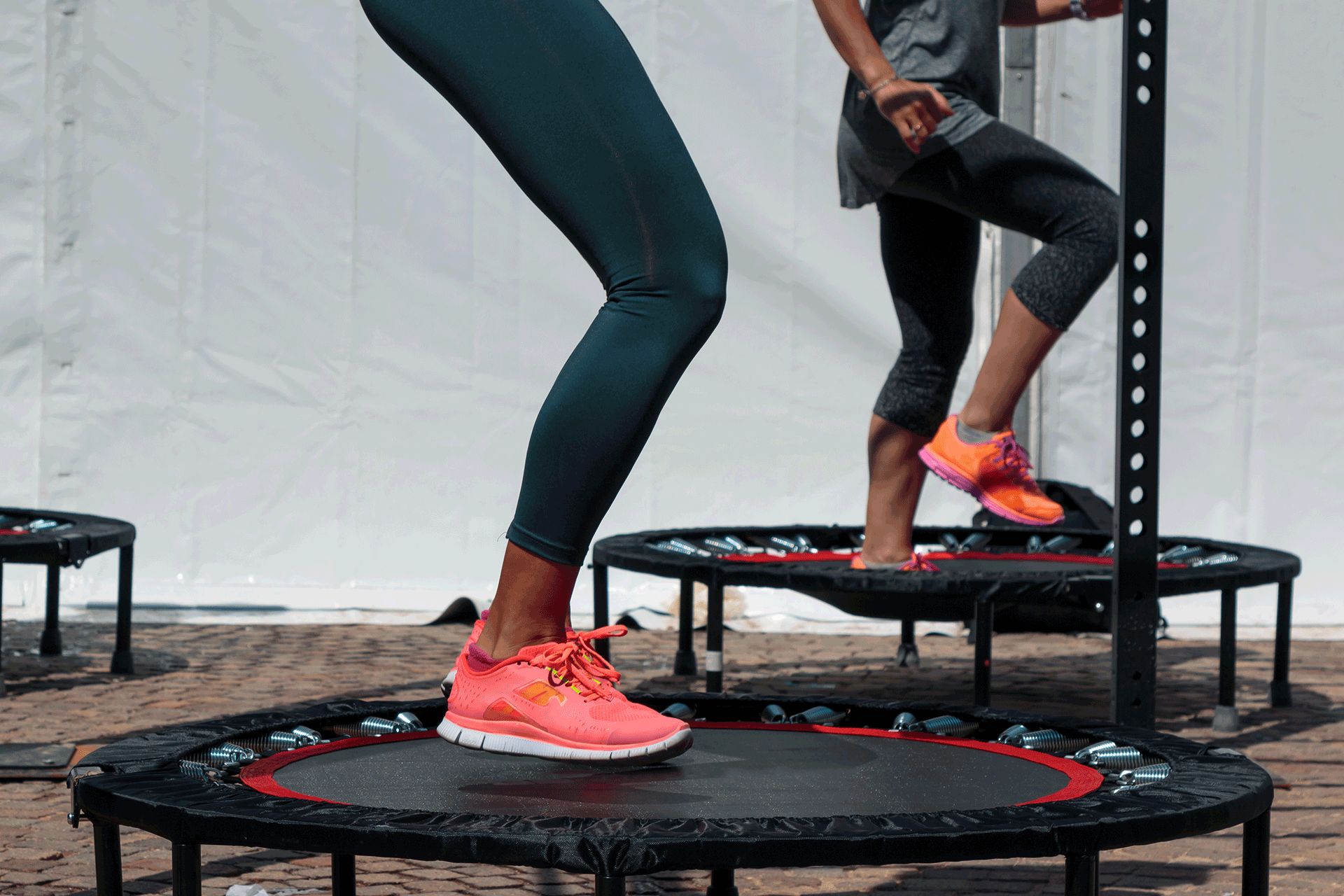 trampoline / rebounding